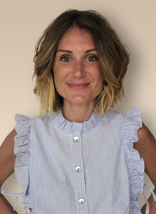 Pauline, assistante du Dr Arnaud Petit, Chirurgien Esthétique à Paris